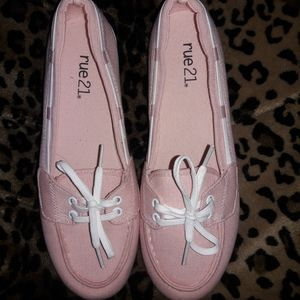 Like new pink shoes